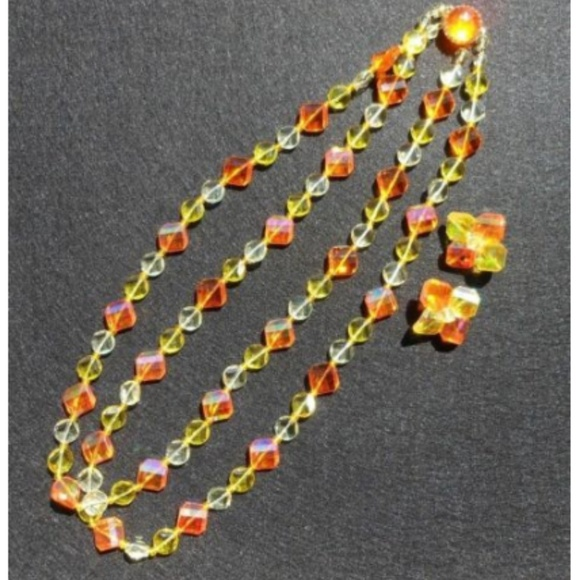 Vintage Orange Double-Strand 1950/'s Plastic Beaded Necklace with Matching Clip On Earrings